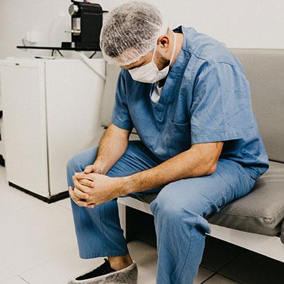 La pénibilité au travail est la plus élevée dans la fonction publique hospitalière (Dares)